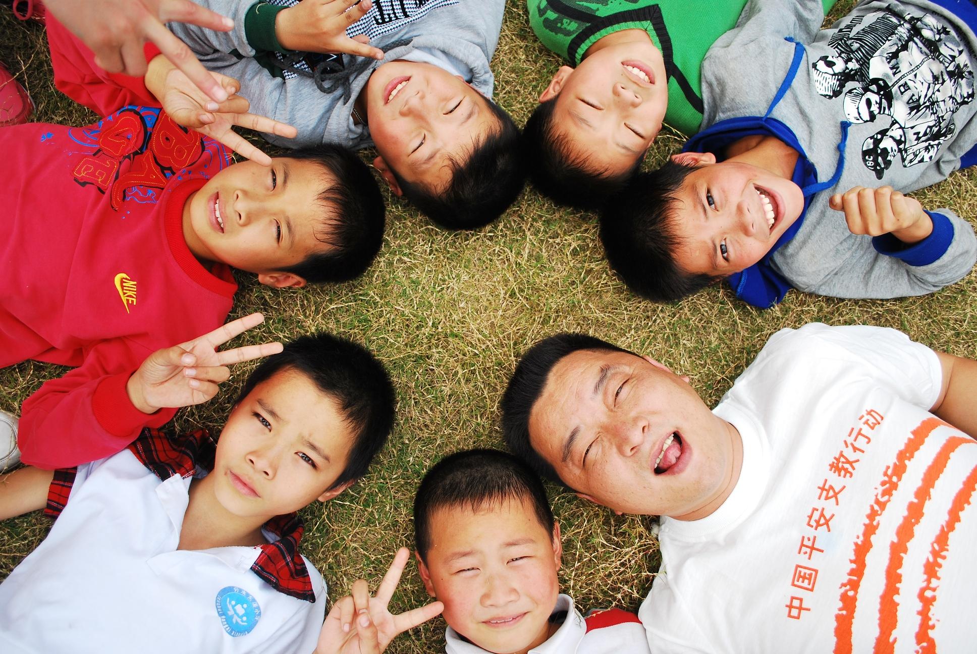 2011年宁波组——章诤老师和孩子们